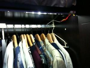 wardrobe_right